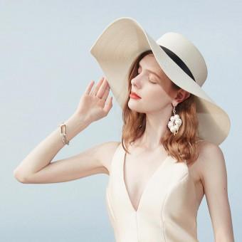 Fashionable floppy straw sun hat women's floppy beach hat