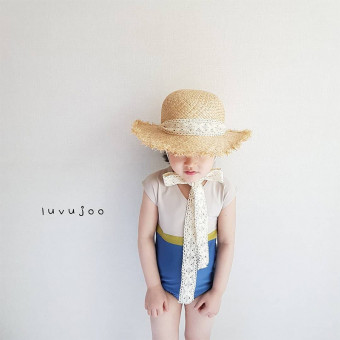 Wide brim straw cap for kids with lace ribbon straw sun hat for kids