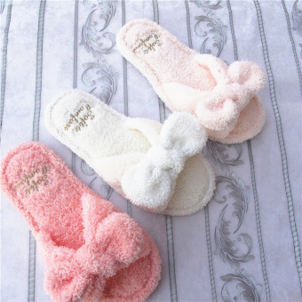 Women's light and soft mule slippers with plush bow