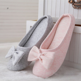 Women's light and soft cotton slippers with plush bow